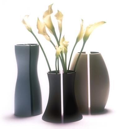 MoMA - Demi Vases