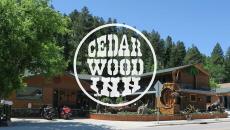 Hotel Branding : Cedar Wood Inn